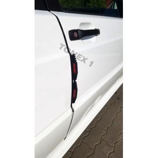 Протектор за автомобилна врата със светлоотразител