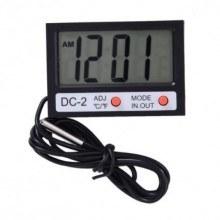 Термометър и часовник 2 в 1.