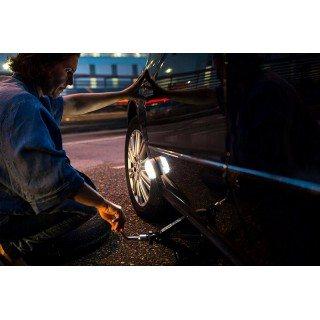 Аварийна LED светлина за автомобил