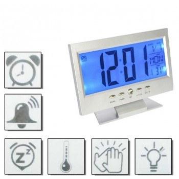 Лед часовник с големи цифри и гласов контрол